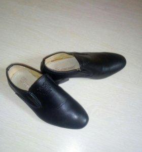 Стильные туфли р.27 супинатор