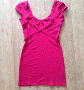 Платье трикотажное 42