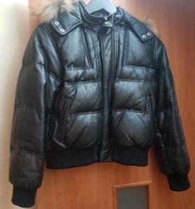 Куртка пуховая кожаная на мальчика 146-152р.