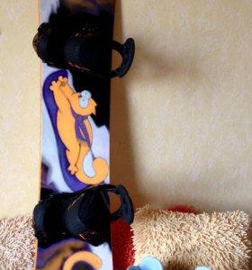 Сноуборд в комплекте с креплениями и ботинками