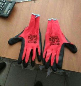 Перчатки рабочие качественные.