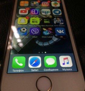 Айфон 5s 32gb в отличном состоянии!!