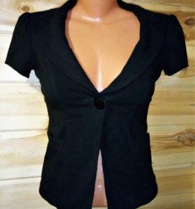 укороченный пиджак цвет черный