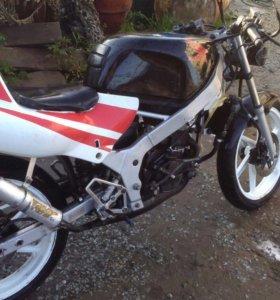 Хонда NS-1
