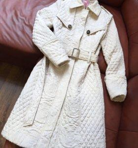 Женское пальто Chanel