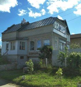 Дом, 215 м²