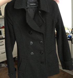 Женское пальто-пиджак темно-серое, 42-44 р-р