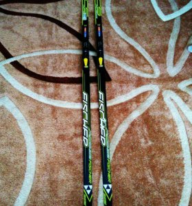 Коньковые лыжи Fischer