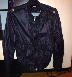 Продаю куртки 3 шт