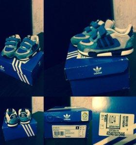 Кроссовки и обувь пакетом
