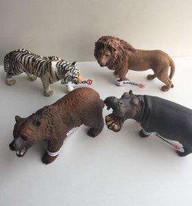 Продам фигурки животных Schleich