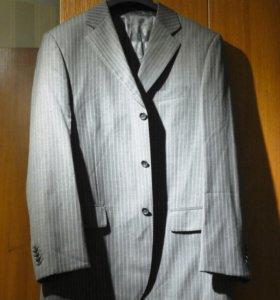 Пиджаки Итальянские мужские 48-50 шерсть-вискоза