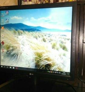 Компьютер и монитор i5