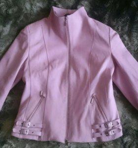 Кожаная куртка б/у