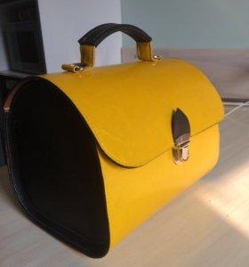 Кожаная сумка(чемоданчик)