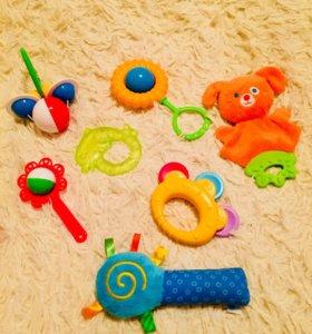 Первые игрушки