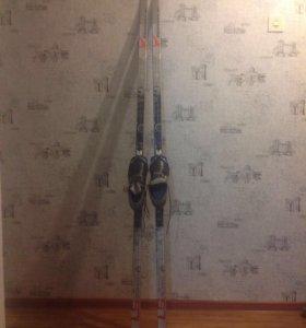 Продам лыжи с ботинками детскими 36р
