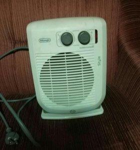 Тепловентилятор DeLonghi HVF 3031