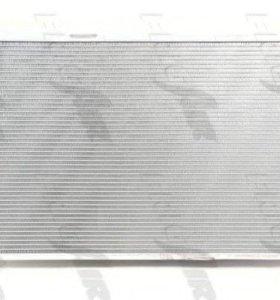 Радиатор Мерседес W204