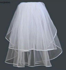 Свадебная фата с атласной нашивкой на конце