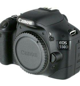 Зеркальный фотоаппарат Canon 550D + объектив?