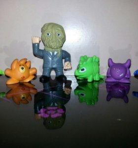 Киндер игрушки Монстры 2
