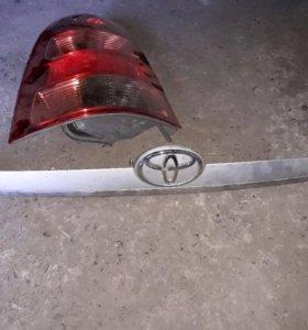 Накладка на багажник Toyota Corolla Fielder