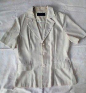 Костюм: пиджак + брюки + блузка