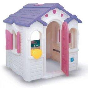 Пластмассовый домик