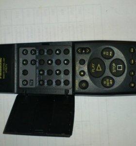 пульт к телевизору и видеомагнитофону Panasonic