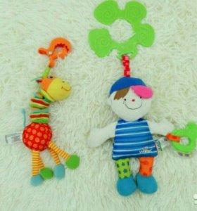 2 Игрушки-подвески K'S Kids и Tiny Love