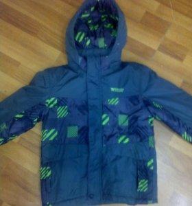 Куртка на мальчика 9-10 лет