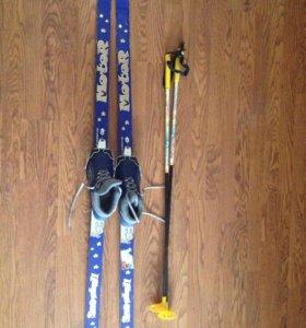 Беговые Лыжи 150 см и ботинки 35 рр