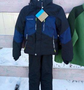 зимний комплект с кимбинезоном на мальчика 8 лет