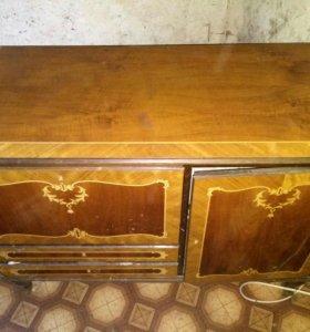 Мебель антиквариат