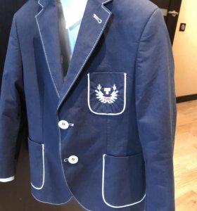 Пиджак и рубашка 6-7 лет