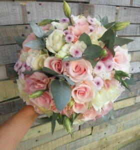 Цветы букеты корзинки шары