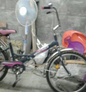 Велосипед новыи