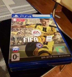 Диск FIFA 17 на PS4