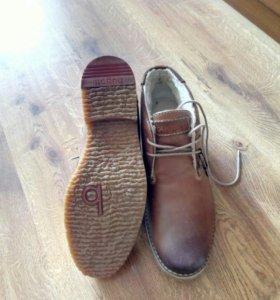 Ботинки мужские новые bugatti размер 43