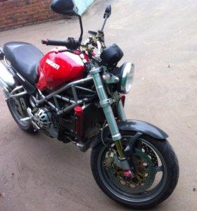 Ducati monster 1000 s4r