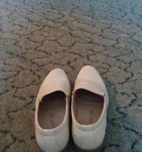 Ботинки мужские (белые)
