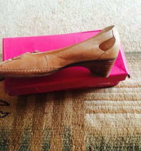 Туфельки женские на широкую ногу