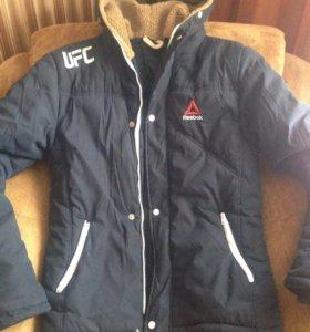 Зимняя куртка в хорошем состоянии.