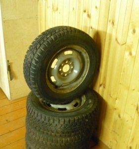 Зимняя резина Dunlop SP Winter ICE-01