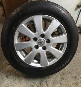 Колёса на Toyota Camry 215/60/16