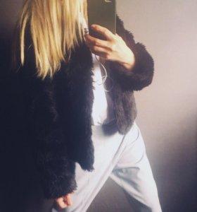 Пальто меховое прямого свободного кроя
