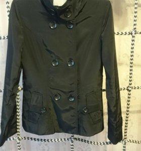 Куртки, пальто. Размер 44