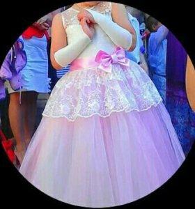 Платье на 5-8лет