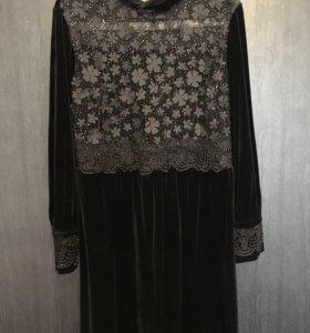 Платье роскошное из бархата